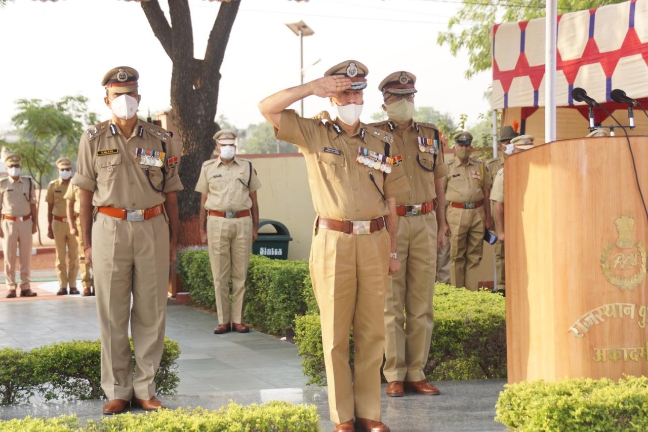 पुलिस शहीद दिवस : शहीद पुलिसकर्मियों को श्रद्धांजलि, देखे फोटो