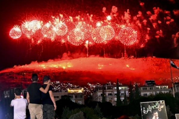 2 killed, 317 injured during celebrations organized for Assad - World News in Hindi