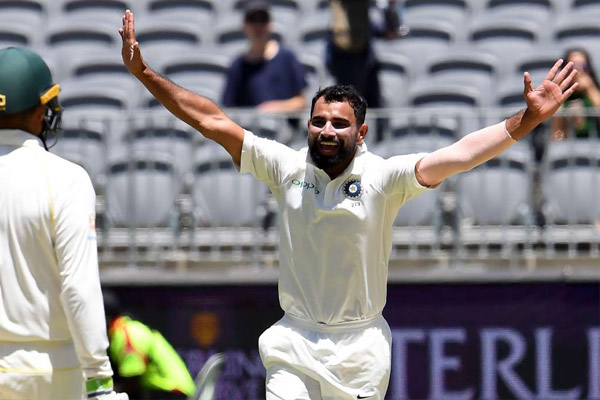 Second Test : Australia dominates on India with bowlers performance - Cricket News in Hindi