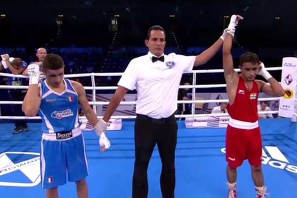World Boxing Championship : indian boxer Amit Phangal and Gaurav Bidhuri enter in pre quarter final - Sports News in Hindi