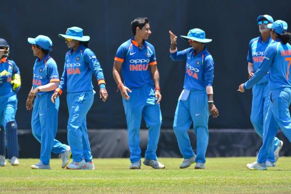 Second ODI : Indian women cricket team beat Sri Lanka by 7 runs to clinch series - Cricket News in Hindi