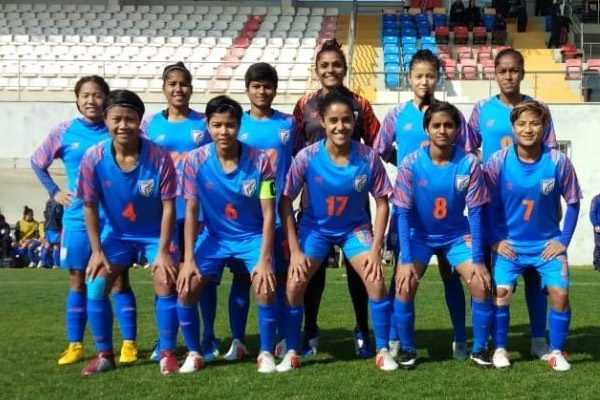 Football : Uzbekistan beat India in turkish womens cup - Football News in Hindi