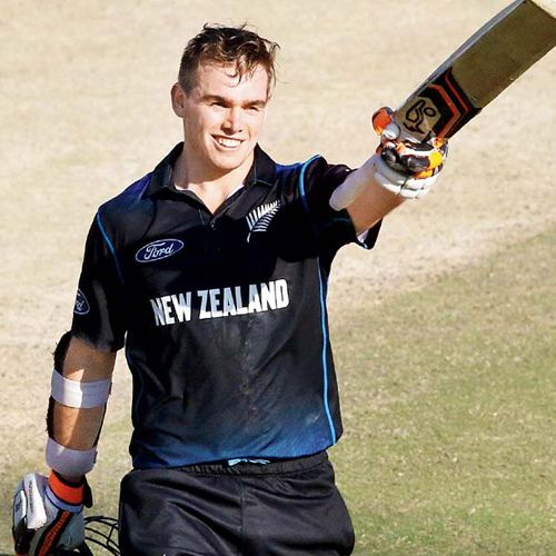 Tom Latham becomes 10th batsman, see all batsmen who carrying bat through a completed innings in odi - Chandigarh News in Hindi