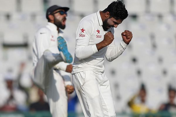 Mohali test first day game between india and england - Cricket News in Hindi