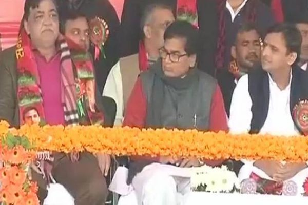 samajwadi party Akhilesh yadav national president, amar singh out - Lucknow News in Hindi