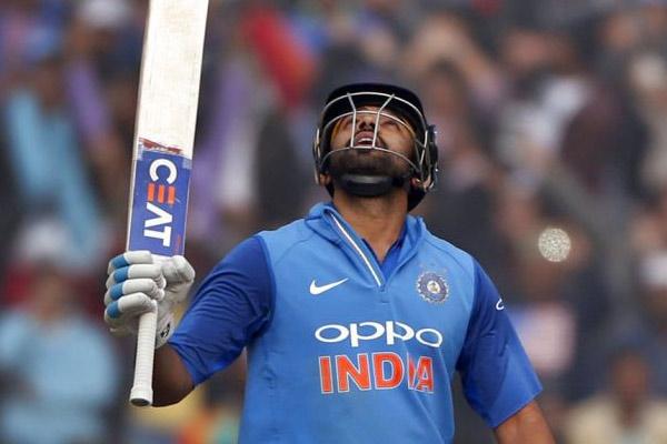 Rohit Sharma becomes no.1 batsman in international t20 cricket - Cricket News in Hindi
