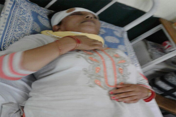 Beating woman returning home, hospital recruitment - Mandi News in Hindi