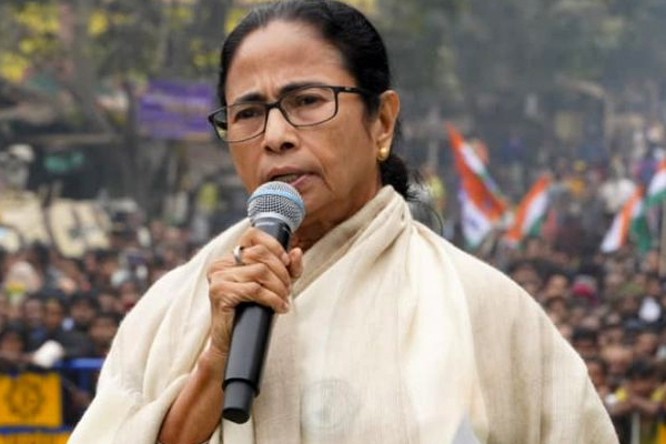 West Bengal CM Mamata Banerjee says will fight CAA, NRC alone, to skip congress meeting - Delhi News in Hindi