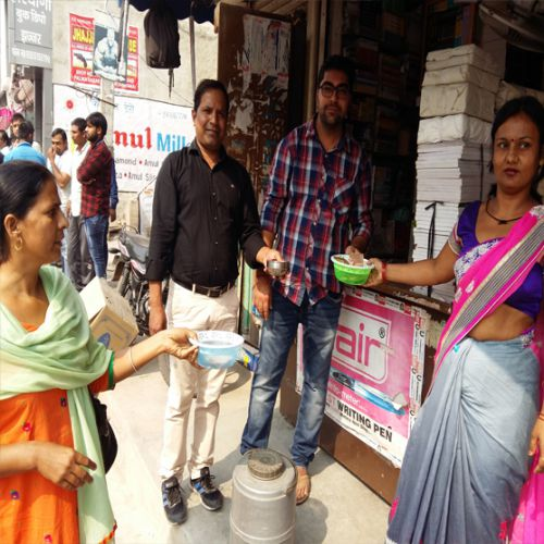 NHM staff begging for the government sought - Jhajjar News in Hindi