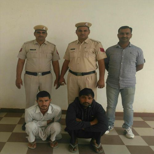 Police unearthes gang involved in vehicle theft - Fatehabad News in Hindi