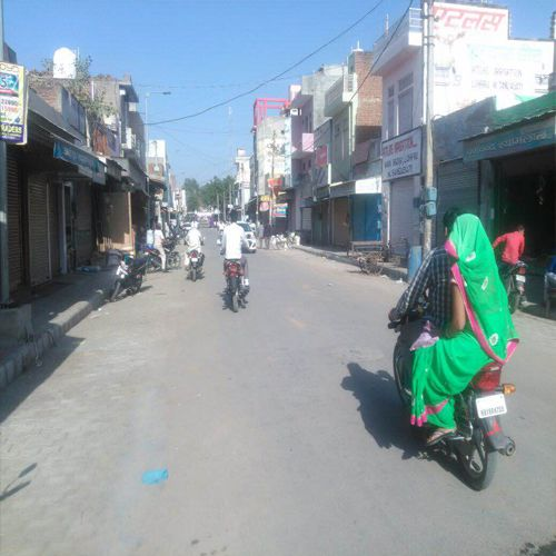 Off the market for fear of raids by Income Tax Department - Bhiwani News in Hindi