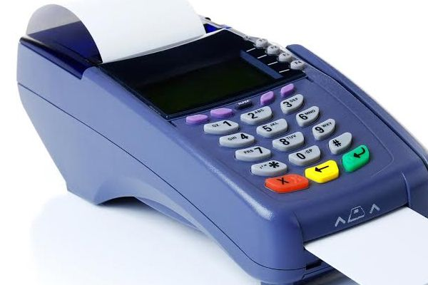 How will the cashless market, shoppers can not find the Spaip Machines - Chandigarh News in Hindi