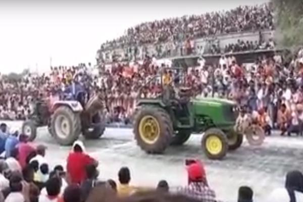 श्रीगंगानगर : ट्रेक्टर रेसिंग के दौरान शेड गिरा, 30 लोग घायल