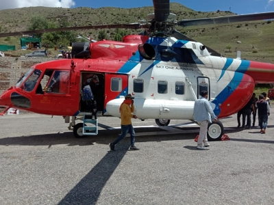 Himachal CM deploys his helicopter to evacuate people safely - Shimla News in Hindi