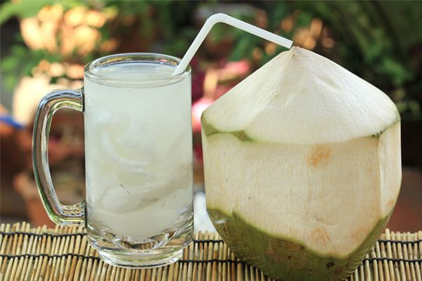 Health benefits of coconut water - Home Remedies in Hindi