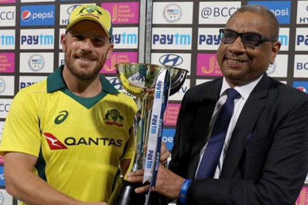 Australian captain Aaron Finch and Glenn Maxwell reaction after beating India in second t20 match - Cricket News in Hindi