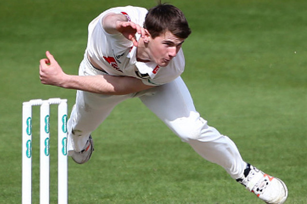 Ashes Series : England calls George Garton for cover of Jake Ball - Cricket News in Hindi