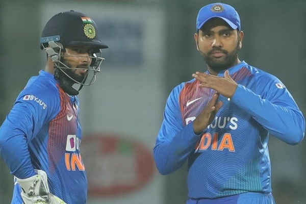 First T20 Match : Rohit Sharma reaction about review taken by Rishabh Pant - Cricket News in Hindi