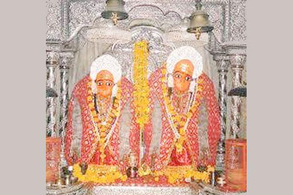 karauli news : trident of gold was stolen from the Kaila mata temple, caught three thieves - Karauli News in Hindi