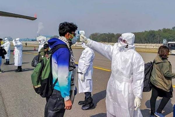 Coronavirus : More than 6000 passengers screening on indian sea border - Delhi News in Hindi