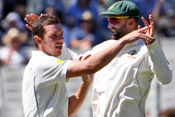 Josh Hazlewood is best bowler in world : Nathan Lyon - Cricket News in Hindi