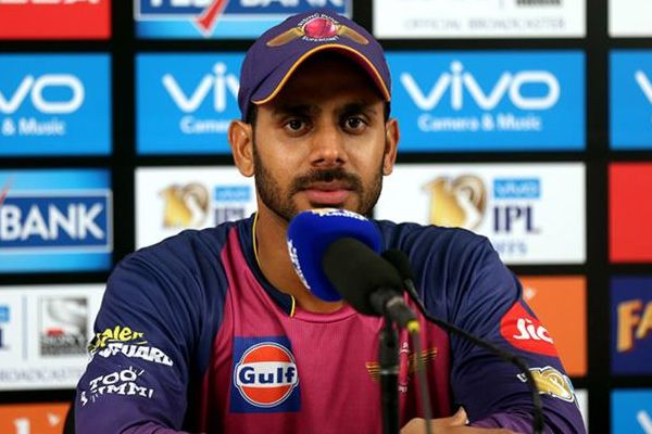 IPL-10 : RPS batsman Manoj Tiwary inspiration is MS Dhoni - Cricket News in Hindi
