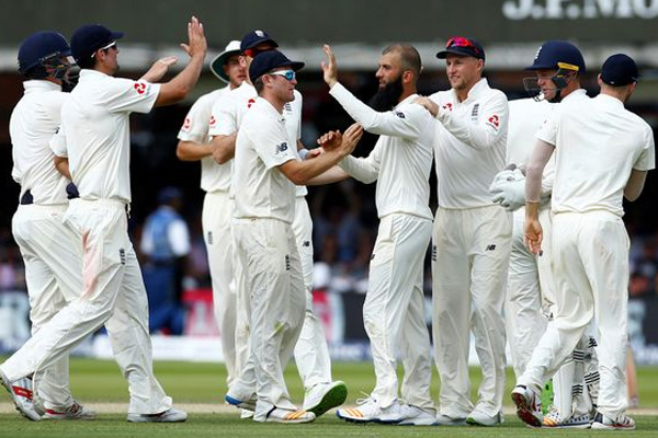 Sydney Test : England is eying on to save honour against Australia - Cricket News in Hindi