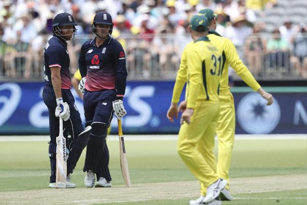 England beat Australia by 12 runs in 5th odi, won series by 4-1 - Cricket News in Hindi