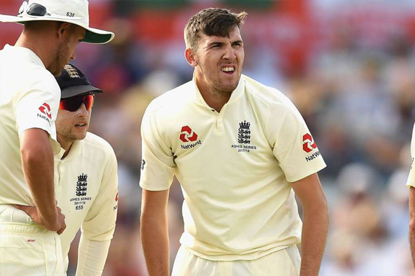 Ashes Series : england fast bowler Craig Overton out from fourth test due to injury - Cricket News in Hindi
