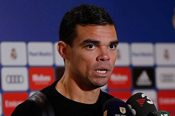 Pepe to leave Real Madrid football club due to dispute with coach zinedine zidane - Football News in Hindi