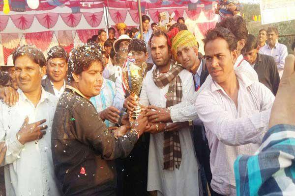 Jasni Cricket Club won the competition by 4 wickets - Karauli News in Hindi