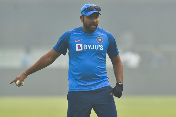 T20 Series : Rohit Sharma gets hit on the thigh during practice - Cricket News in Hindi