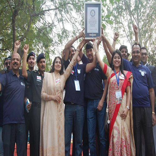 View photos of the worlds longest painting - Meerut News in Hindi