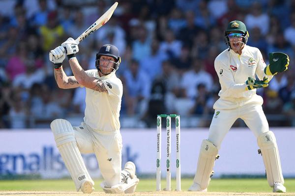 Ashes Series : England beat Australia by 1 wicket, Ben Stokes smashes century - Cricket News in Hindi