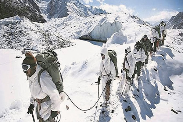 Pakistan Rejects Indian Tourism Plans for Siachen,Says Glacier Forcibly Occupied - World News in Hindi