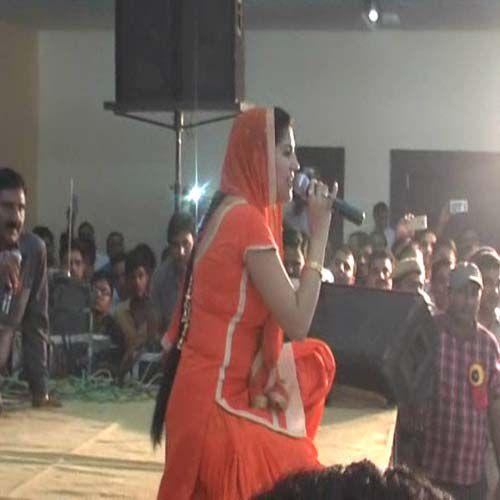sapna make crazy policemen - Kaithal News in Hindi