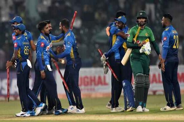 Second T20 Match : Sri Lanka beat Pakistan by 35 runs to clinch series - Cricket News in Hindi