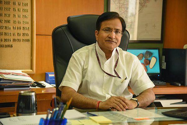 Anil Swarup Secretary School Education - Delhi News in Hindi