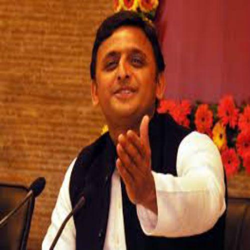 up cm akhilesh yadav most power-full on diwali gift - Delhi News in Hindi