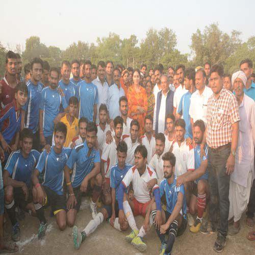 MLA Diya Kumari attends the football competition - Sawai-Madhopur News in Hindi