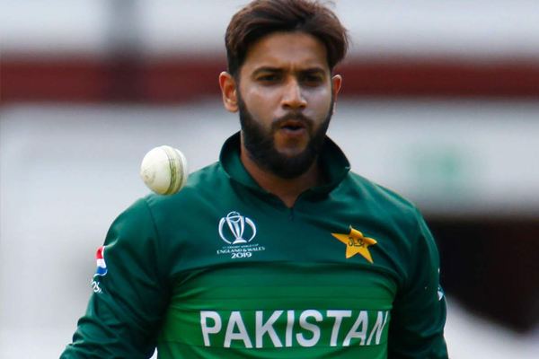 Pakistan cricketer imad wasim accuses these 3 bowlers for ball tampering - Cricket News in Hindi