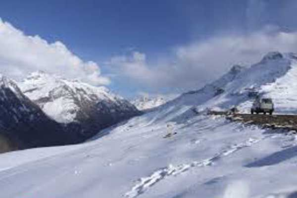 NGTs team took stock of the Rohtang Pass - Kullu News in Hindi