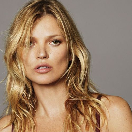 Kate Moss private photos leaked online - Masala Gossips in Hindi