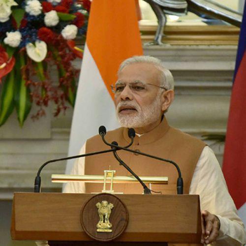 PM Narendra Modi To Visit Varanasi Today Launch Gas Pipeline Project - Varanasi News in Hindi