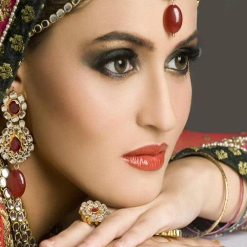 Tips for women to look the best on special day - Health Tips in Hindi