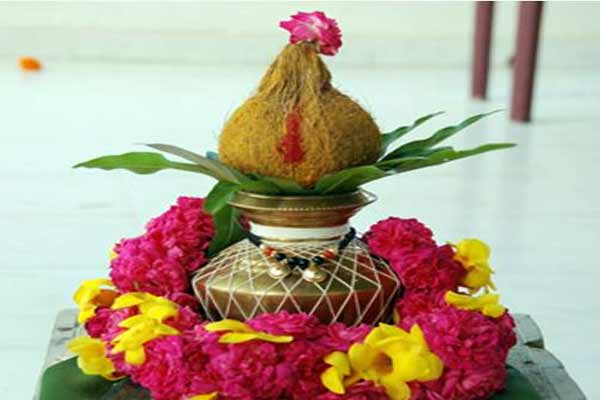 Why women can not break coconut - Puja Path in Hindi