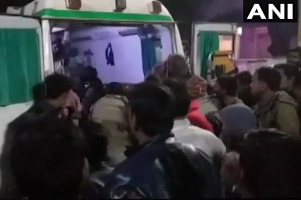 राजस्थान में दर्दनाक हादसा, बिंदोली में घुसा ट्रक, 13 लोगों की गई जान