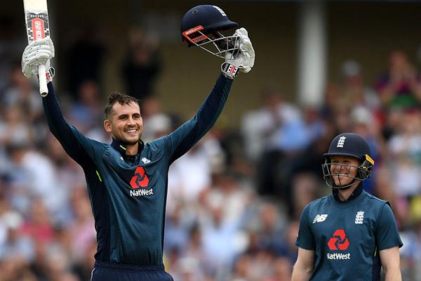 Third ODI : England beat Australia by 242 runs to clinch series - Cricket News in Hindi