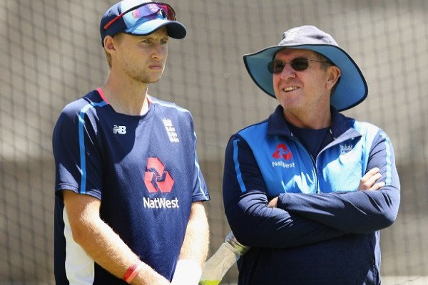 Ashes Series 2019 : Coach Trevor Bayliss defends Captain Joe Root - Cricket News in Hindi