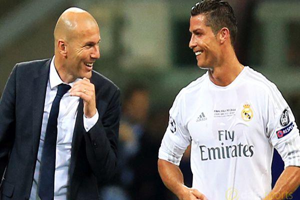 Real Madrid football club coach Zinedine Zidane appreciates Cristiano Ronaldo - Football News in Hindi